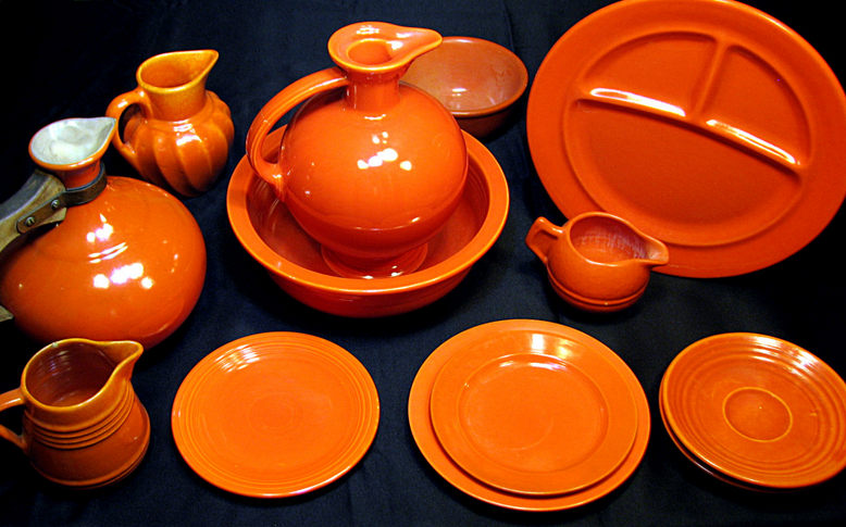 Orange uranium oxide dinnerware